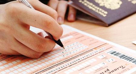 В Мурманской области выпускники сдавали биологию и иностранные языки